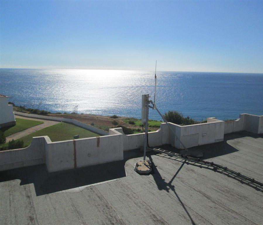 EST PIONNIERE AU PORTUGAL DANS LA CONSTRUCTION DES RESEAUX D' IOT (INTERNET DES OBJETS)